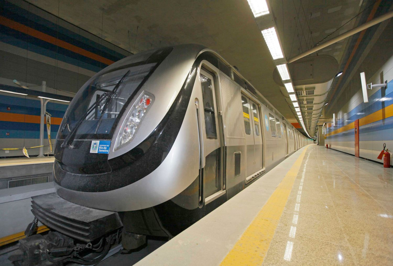 Seis composições, com seis vagões cada uma, vão atuar no período olímpico: 11 mil passageiros por hora