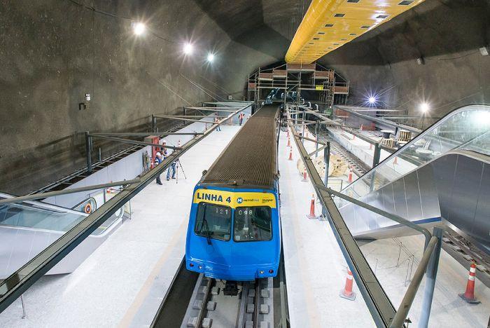 Testes da Linha 4 deveriam iniciar há 12 meses, mas só começaram em junho de 2016