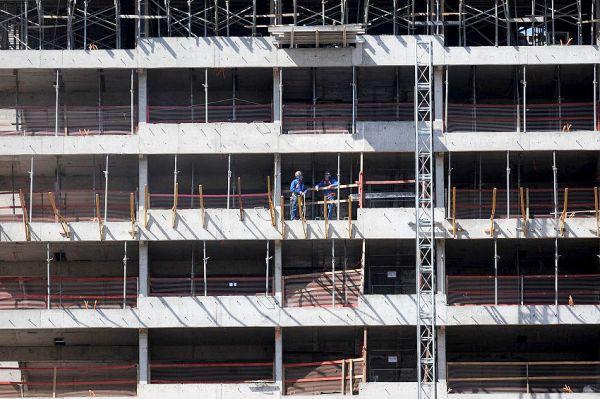 Estimular a abertura de canteiros de obras é uma das estratégias para combater o desemprego