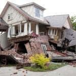 Casa em Wood Frame atingida por tornado, em Oklahoma: perda total