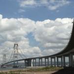 Ponte foi construída com estruturas mistas de concreto e aço