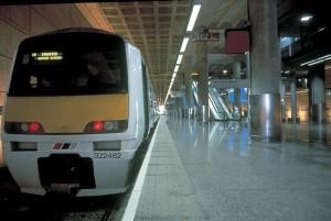 Metrô e trem nas áreas de embarque e desembarque: característica dos aeroportos do futuro