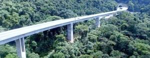 Trecho de 30 quilômetros da serra do Cafezal tem 4 túneis e 24 viadutos