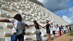 Teatro Nacional, em Brasília: no começo de 2016, houve manifestação para que prédio fosse reformado e reaberto