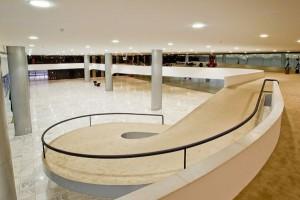 Rampa interna do Palácio do Planalto: projetada por Oscar Niemeyer, é uma das mais conhecidas do mundo