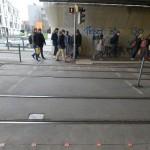 Em Augsburg, na Alemanha, área em que pedestres cruzam a linha do VLT recebeu o bompeln