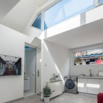 """Interior da """"Plugin House"""": conforto e qualidade de vida em um projeto focado na acupuntura urbana"""
