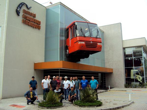 Parceria do Rode Bem com a Volvo permite que motoristas visitem o memorial de segurança no transporte da fabricante