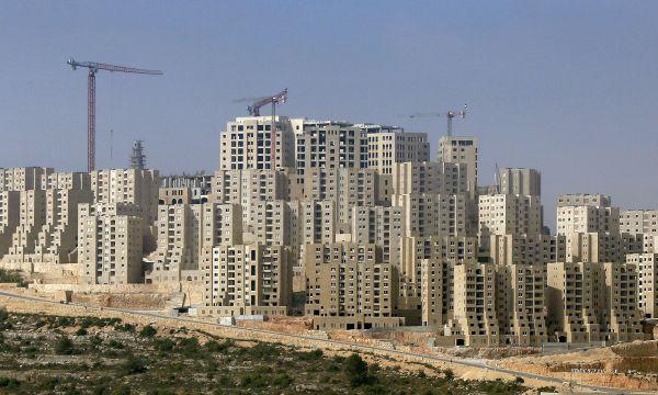 Edifícios de Rawabi: embargos e dificuldades atrasaram cronograma do bairro planejado em três anos