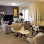 Interior de um apartamento de Rawabi: atendendo ao desempenho térmico e acústico