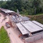Boa parte dos 130 mil m³ de concreto foi consumido pelos 120 mil m² de tabuleiros para pontes e viadutos