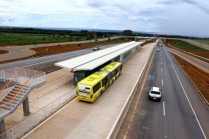 BRT de Brasília tem 36,2 quilômetros de pavimento de concreto: 400 metros menor que o BRT de Campinas