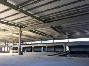 Vigas de concreto protendido para coberturas industriais: tecnologia permite que substituam o aço para atender grandes vãos