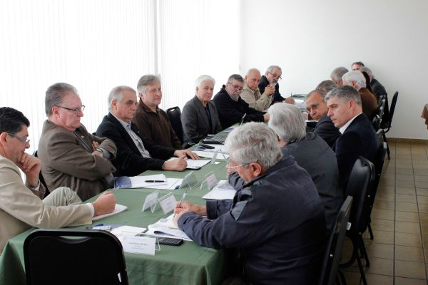 Reuniões entre organismos representantes da engenharia nacional buscam alertar o poder público