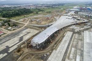 Estruturas mistas unem pré-fabricados de concreto, aço e vidro na construção do principal aeroporto do Panamá
