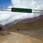 Túnel de Água Negra: do lado de San Juan, na Argentina, o marco das obras já foi instalado
