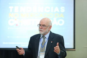 Brian Nicholson, consultor da Sobratema: expectativa de crescimento gradual a partir de 2017
