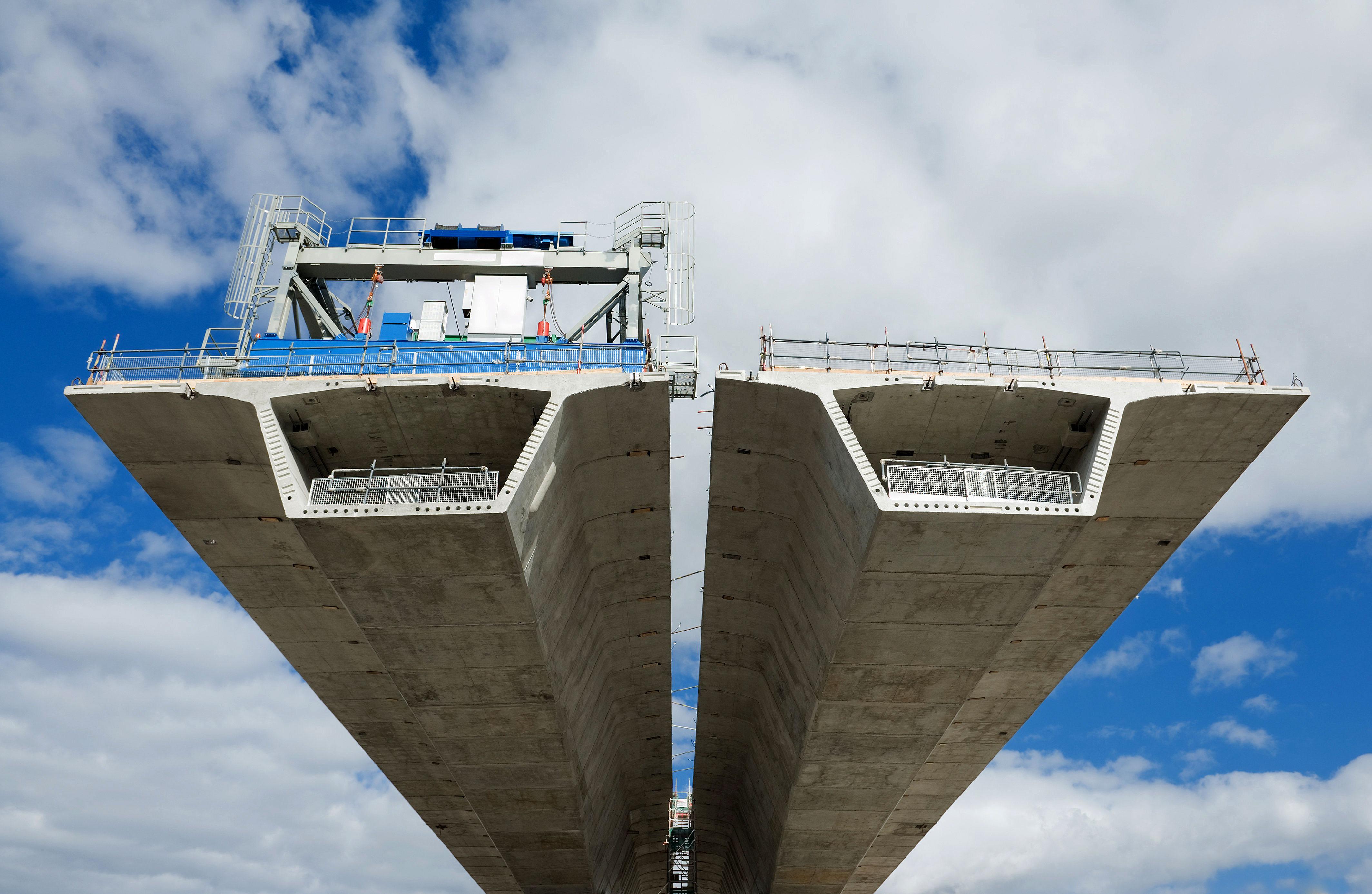 No entender do governo federal, grandes projetos nacionais vão precisar de construtoras estrangeiras para tocá-los