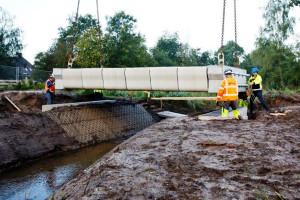 Ponte instalada em Gemert, na Holanda, é a primeira a usar concreto protendido em impressão 3D