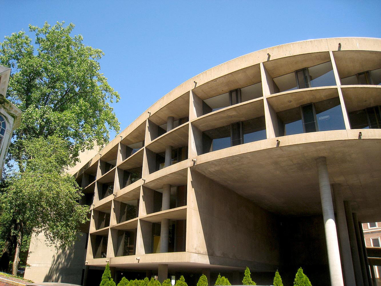 Centro Carpenter para Artes Visuais: único edifício projetado por Le Corbusier nos Estados Unidos. Crédito: Pinterest.
