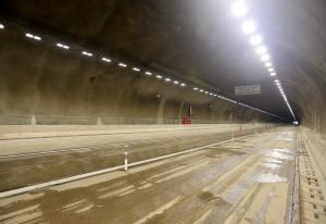 Túneis receberam pavimento de concreto e contam com áreas de escape, além de terem sido fundamentais para preservar o meio ambiente na região.