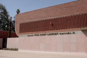 """Museu Yves Saint Laurent: arquitetura sob medida para contar a história do """"arquiteto dos tecidos""""."""