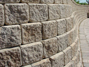 Blocos maciços de concreto sequestram CO2 e usam dióxico de carbono para ganhar ainda mais resistência