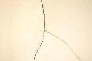 Materiais sem conformidade resultam em problemas nas obras e impactam consumidor final. Crédito: Divulgação