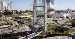 Complexo de viadutos na área urbana de São José dos Campos-SP terá 68 cabos, cada um com cálculo próprio. Crédito: prefeitura de São José dos Campos