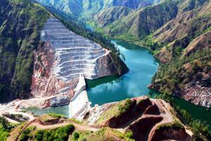 Hidrelétrica Palomino, na República Dominicana: uma das obras viabilizadas recentemente por um consórcio de construtoras brasileiras. Crédito: Divulgação