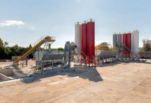 Unidade da Concresul em Porto Alegre-RS permite que o concreto e a argamassa dispensem a mistura no caminhão-betoneira durante o transporte. Crédito: Concresul