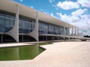 Novo ocupante do Palácio do Planalto tem desafios pela frente, incluindo os que devem ser enfrentados para reaquecer a construção civil. Crédito: Agência Brasil