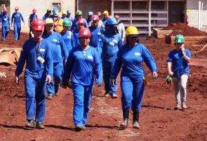 Mulheres que atuam na construção civil