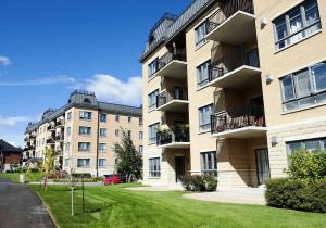 Na Europa, varandas pré-fabricadas em prédios residenciais viram tendência arquitetônica. Crédito: Divulgação/Patio Drummond