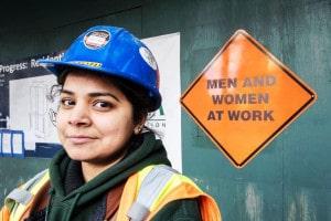 mulher na construção civil