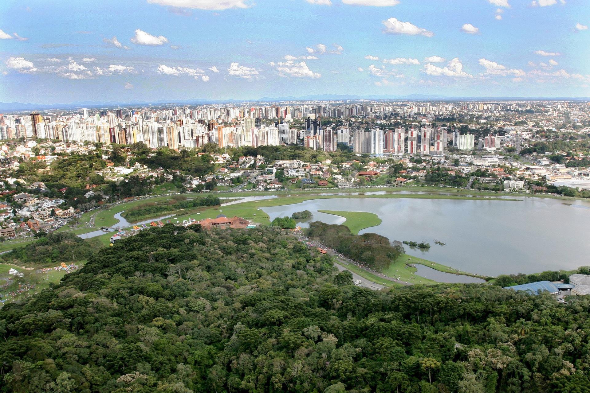 Curitiba se destaca nos eixos tecnologia e inovação, empreendedorismo e governança. Crédito: Paraná Turismo