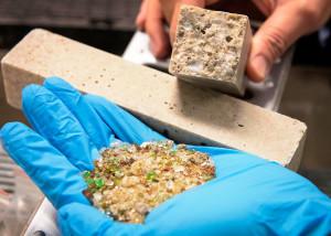 Próximo passo do estudo é dar viabilidade econômica à areia de vidro, para que ela seja incorporada pelo mercado Crédito: Deakin School of Engineering