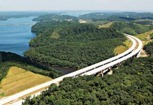 Rodovia com pavimento de concreto depende da execução para confirmar sua competitividade sobre o asfalto Crédito: Governo de SP