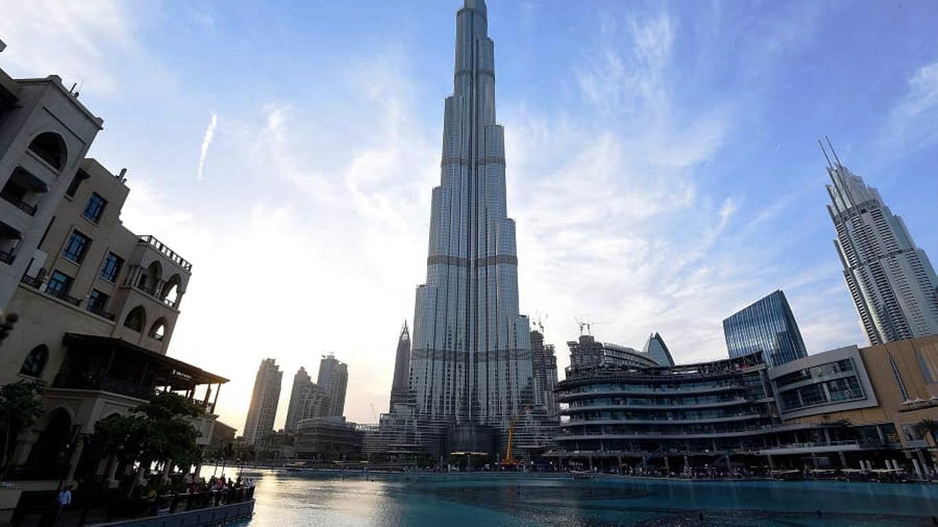 Burj Khalifa: à medida que o edifício ia subindo, menores eram os efeitos do vento sobre ele Crédito: Banco de Imagens