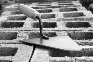 Vendas do varejo da construção civil impulsionam indústria e colocam setor entre os que devem fechar 2019 com crescimento acima de 5%. Crédito: CBIC