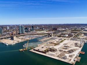 Quayside ficará às margens do lago Ontario, terá quase 5 hectares e será repleto de inovações tecnológicas. Crédito: Sidewalk Labs