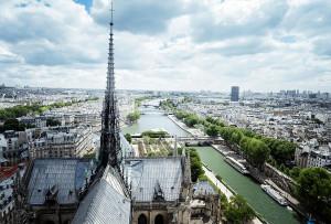 Arquitetos britânicos do N.ARCH.IK sugerem que linhas originais sejam preservadas, porém com mudanças nos vitrais para que o interior de Notre-Dame aproveite melhor a luz natural. Crédito: N.ARCH.IK