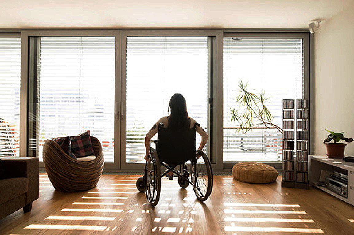 Artigo 58 da Lei Brasileira de Inclusão lista as adaptações construtivas que deverão estar disponíveis em cada unidade. Crédito: Banco de Imagens