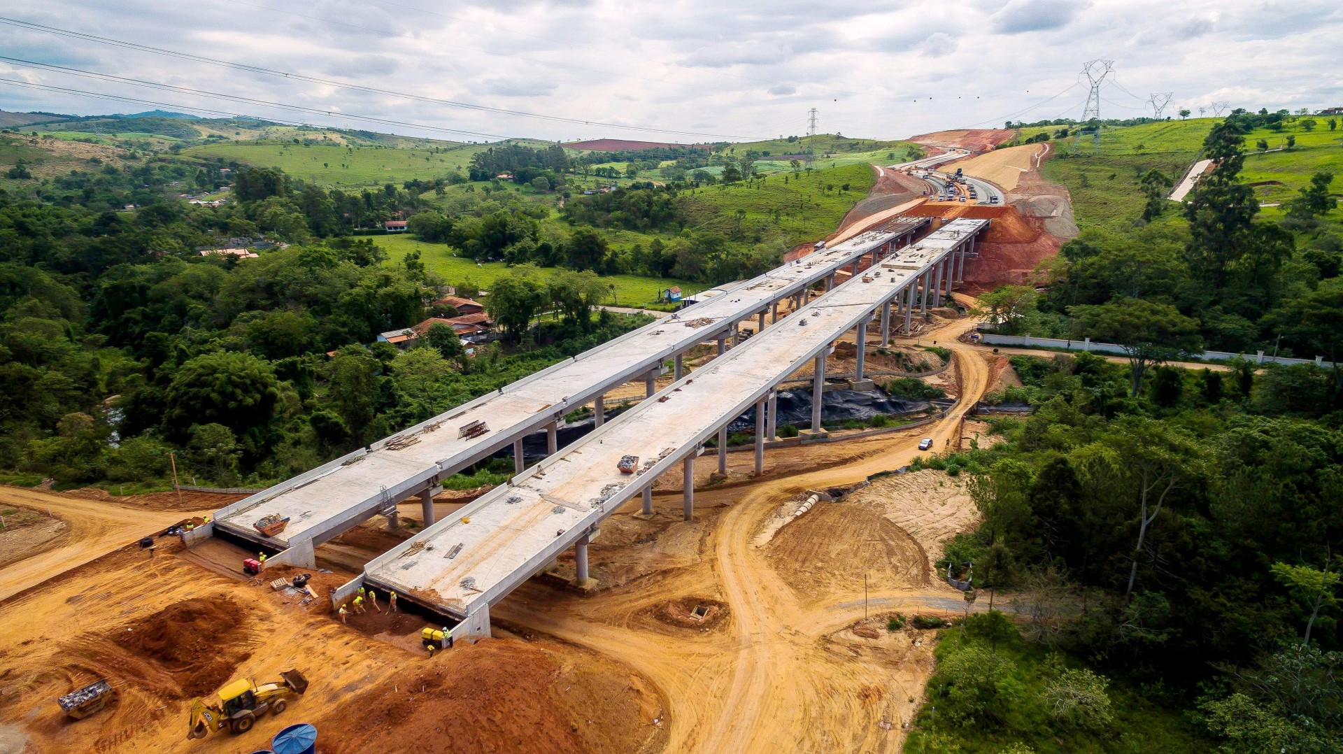 Construção industrializada do concreto adquiriu capacidade de suprir diversas demandas: da infraestrutura ao varejo. Crédito: Abcic