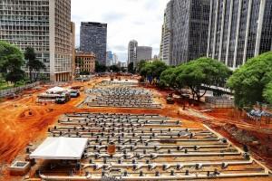 Obra de revitalização do Vale do Anhangabaú, em São Paulo-SP, vai receber placas cimentícias em área de 53 mil m². Crédito: Roberto Parizotti/Fotos Públicas