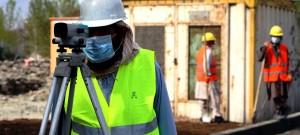Medidas sanitárias nos canteiros de obras preservam a atividade dos trabalhadores da construção civil. Crédito: Banco de Imagens