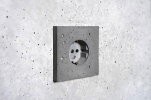 Soquetes de concreto também são artefatos que podem substituir os de plástico e de metal Crédito: Sekhina