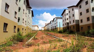 Obra inacabada do Minha Casa Minha Vida em Santarém-PA: objetivo do Verde e Amarelo é terminar o que não foi concluído Crédito: O Impacto