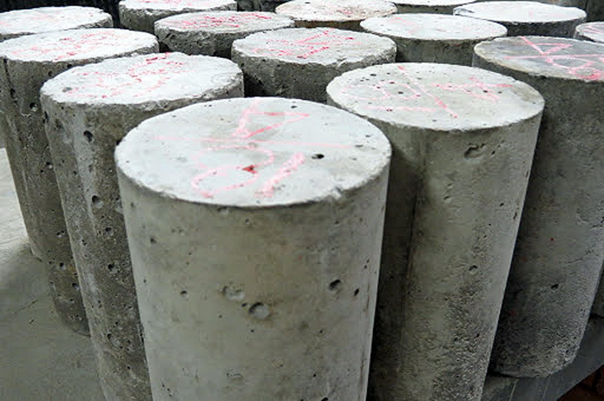 Tirar corpos de prova não conclui a tarefa de realizar o controle tecnológico do concreto Crédito: Banco de Imagens