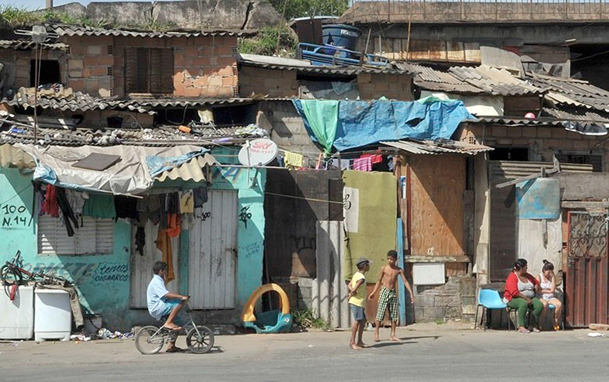 Déficit habitacional sofre redução de 1,5% e país carece de 7 milhões e 797 mil moradias. Crédito: Agência Brasil